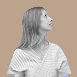 Beatriz Rocha - Brand Builder